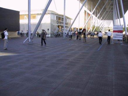 odolná exteriérová podlaha