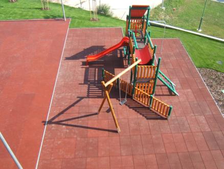 odolná podlaha pre detské ihriská