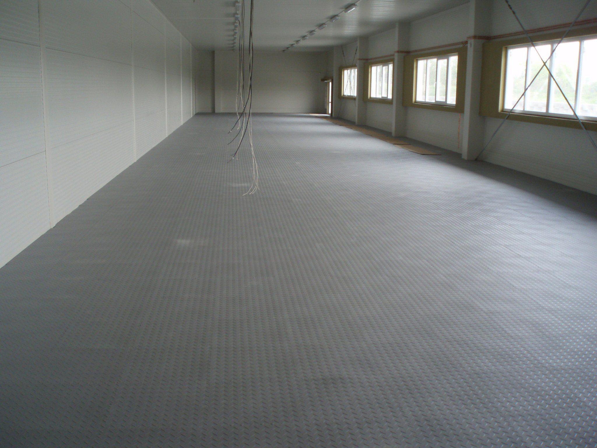 odolná podlaha do skladu